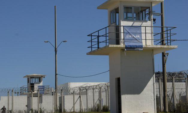 Un preso sin antecedentes se fugó de cárcel Las Rosas en Maldonado
