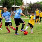 """Se presentó el programa de fútbol infantil """"Todas Juegan"""" con el objetivo de sumar más niñas al deporte"""