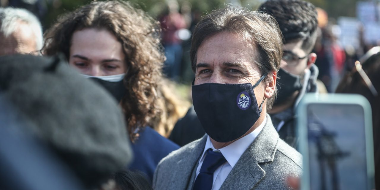 Factum: 84% de los uruguayos aprueban la gestión de Lacalle Pou sobre la pandemia